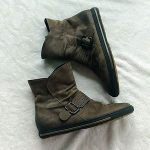 Paul Green leather sneaker bootie